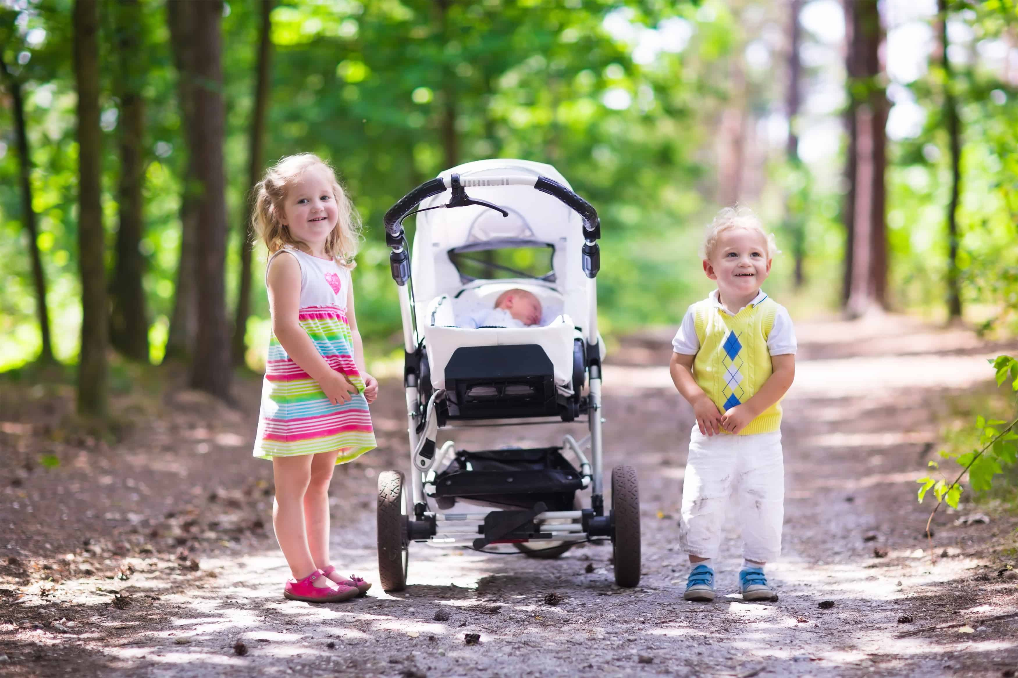 the best pram for newborn to toddler depends on their weight