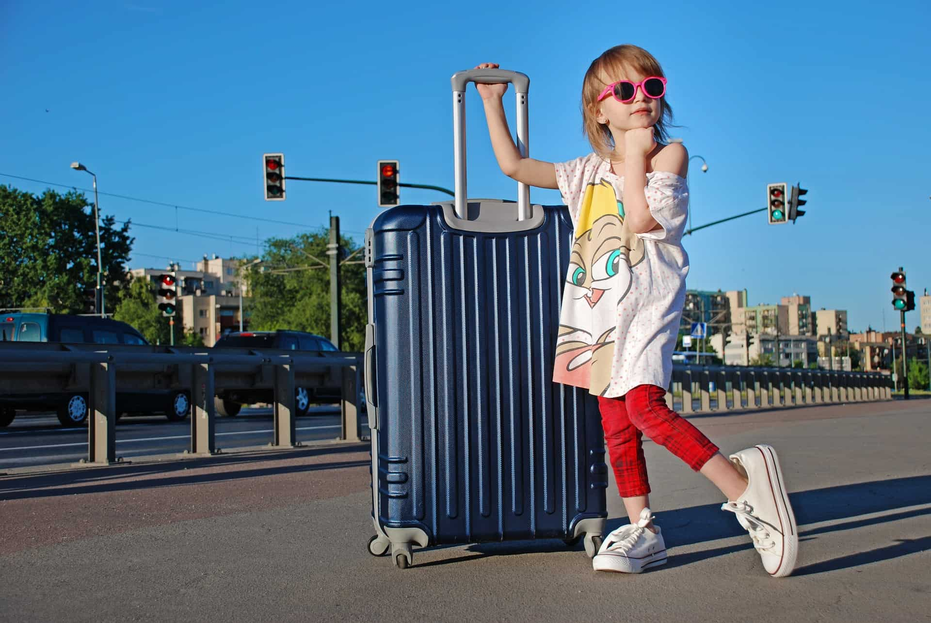 What is the best suitcase brand? What is best suitcase size? Find out below!