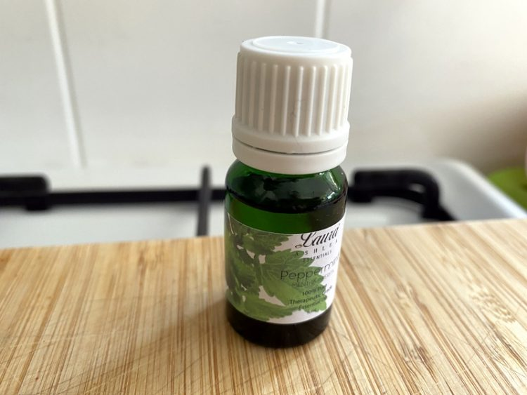 how to make homemade shower bombs peppermint essential oil